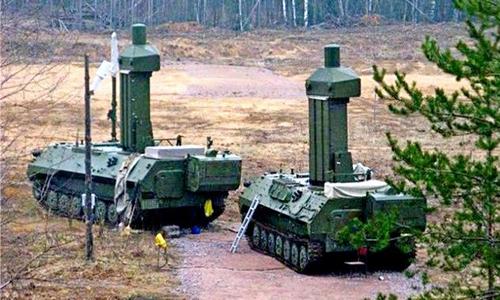 Hai xe trong tổ hợp tác chiến điện tử Borisoglebsk-2 của Nga. Ảnh: Russiadefense