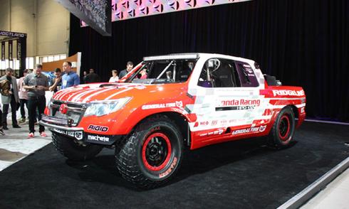 Honda giới thiệu bán tải hầm hố