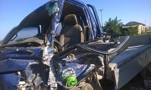 Ôtô tải nổ lốp tông xe ngược chiều làm 4 người bị thương 2