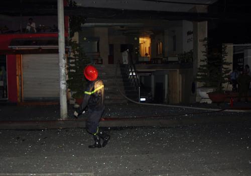 Cháy khách sạn trung tâm Sài Gòn, nhiều du khách mắc kẹt 3