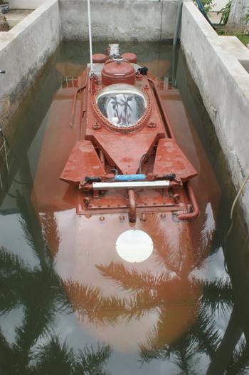 Tàu ngầm Hoàng Sa thử nghiệm thành công trong bể 1