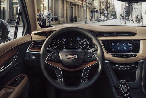 Cadillac XT5 - SUV hạng sang Mỹ thách thức người Đức 2