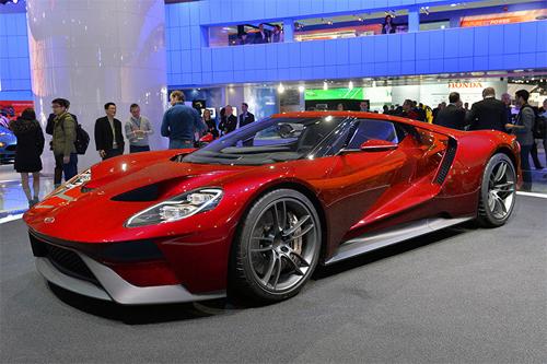 Triển lãm xe cho khách hàng siêu giàu ở Dubai 5