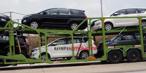 Toyota Innova thế hệ mới lộ diện toàn bộ 2