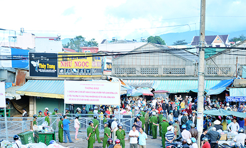 Lâm Đồng cấm cán bộ công chức đi chợ cũ