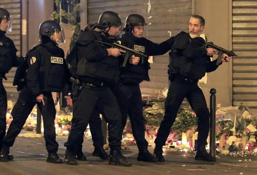 7 kẻ tấn công khủng bố Paris 1