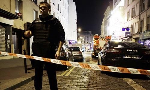 Kẻ khủng bố Paris được xác định nhờ ngón tay đứt lìa 1