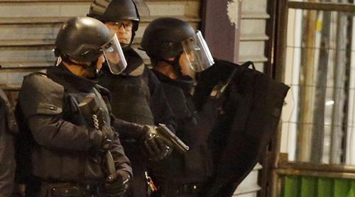 Ba giờ đấu súng diệt khủng bố của 70 đặc nhiệm Pháp 1