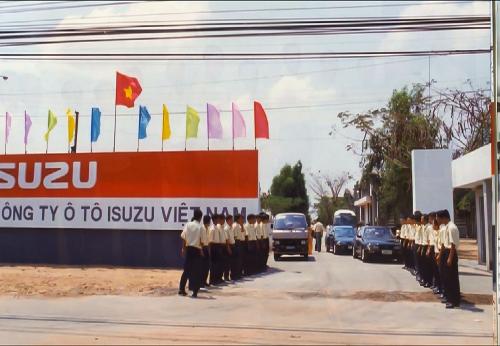 isuzu-hanh-trinh-20-nam-tren-dat-viet