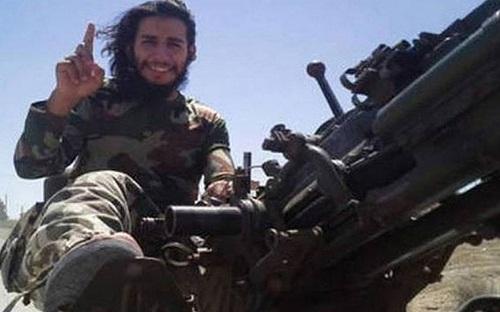 Abdelhamid Abaaoud, chiến binh IS được cho là kẻ chủ mưu vụ thảm sát Paris hồi tuần trước. Ảnh: Telegraph