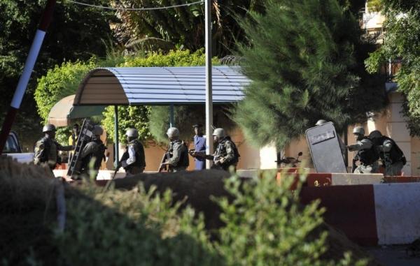 Lực lượng quân sự Mali vào vị trí. Ảnh: AFP