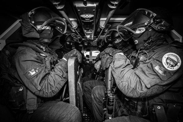 Lực lượng Pháp lên đường tới Mali. Ảnh: GendarmerieNationale