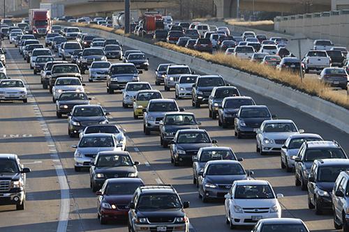 Người Mỹ vay 1.000 tỷ USD mua ôtô 1