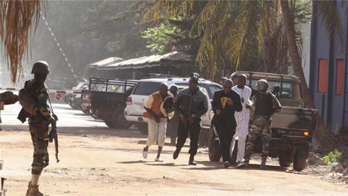 Thủ lĩnh phiến quân chột mắt tái xuất bằng vụ khủng bố ở Mali 1