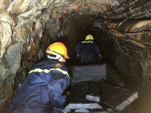 Tìm thấy thi thể một công nhân trong hầm than bị sập 2