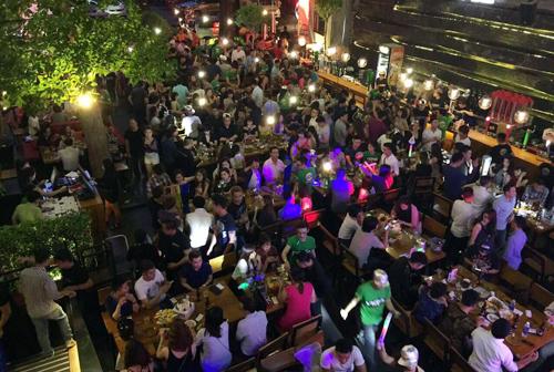 Beer club lớn nhất Sài Gòn bị kiểm tra 1