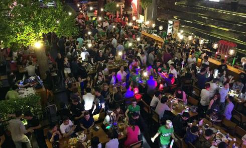 Beer club lớn nhất Sài Gòn bị kiểm tra