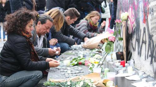 Vị thế tổng thống Syria thay đổi sau vụ thảm sát Paris 2