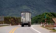 Hàng loạt ôtô gian lận vé cao tốc Nội Bài - Lào Cai