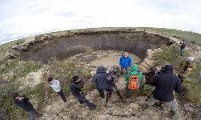 VNE-Siberia-craters-5-1448440096_660x0.j