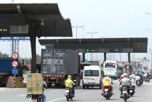 TP HCM muốn tăng phí ôtô qua trạm Xa lộ Hà Nội 1