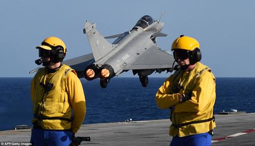 Thổ Nhĩ Kỳ đẩy Pháp vào thế khó khi bắn Su-24 Nga 2