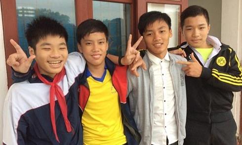 4 học sinh trả lại sổ tiết kiệm 160 triệu đồng