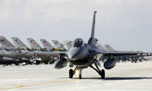 Chiến đấu cơ Thổ Nhĩ Kỳ ngừng xuất kích sang Syria
