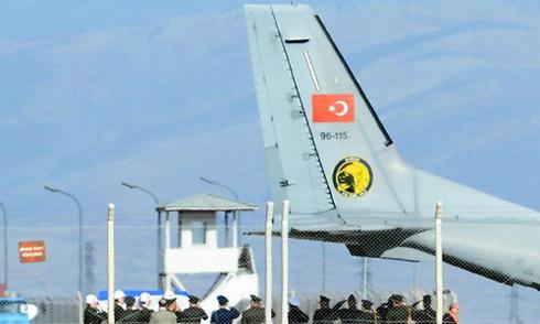 Thổ Nhĩ Kỳ trao trả thi thể phi công Su-24 cho Nga