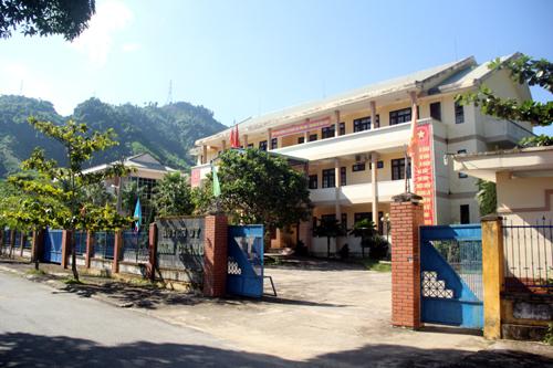 Quảng Nam hứa không lãng phí trụ sở huyện khi di dời 1