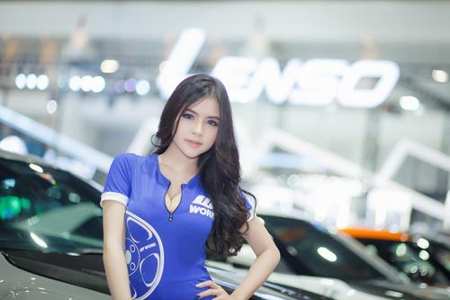 Dàn mẫu nóng bỏng tại triển lãm Thái Lan 6