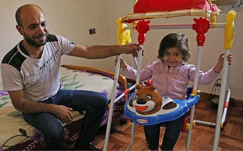 Al-Attar và con gái Reem. Ảnh: Telegraph
