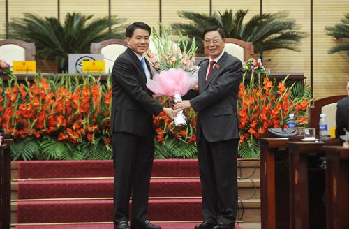 Tân Chủ tịch Hà Nội: 'Tôi hứa hết lòng phục vụ nhân dân'