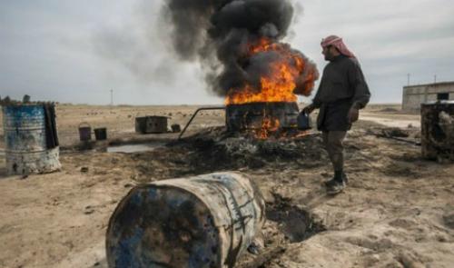 Vì sao Mỹ chưa thẳng tay không kích mỏ dầu IS 2