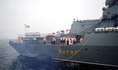 Chiến hạm Nga tới Ấn Độ tập trận chung