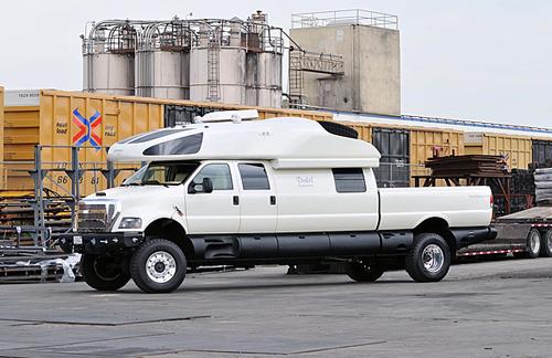 Ford F-750 World Cruiser - nhà di động xa xỉ 6 triệu USD 1