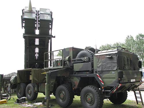 Bom trọng lực hạt nhân nguy cơ châm ngòi cuộc đua vũ trang mới 2