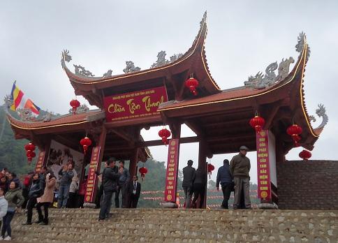 Khánh thành ngôi chùa lớn tại cửa khẩu Tân Thanh 1