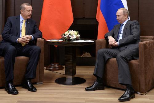 Thổ Nhĩ Kỳ vùng vẫy thoát bóng người khổng lồ Nga 1