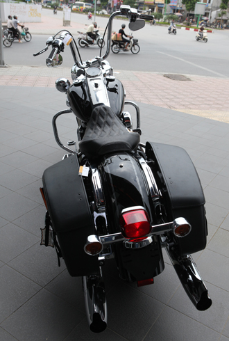 xe-do-harley-davidson-road-king-classic-gia-1-ty-dong-1