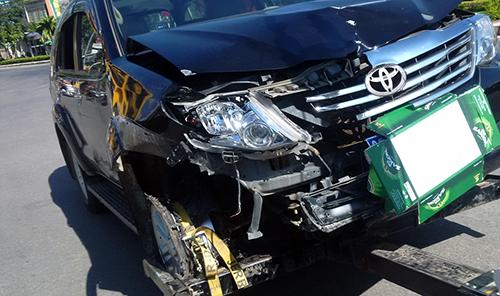 Viện trưởng VKS lái ôtô tông nhiều người có dấu hiệu hình sự 2