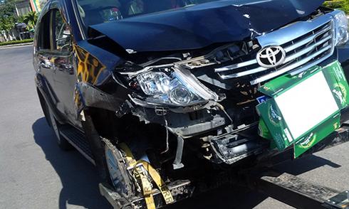 Viện trưởng VKS lái ôtô tông nhiều người có dấu hiệu hình sự