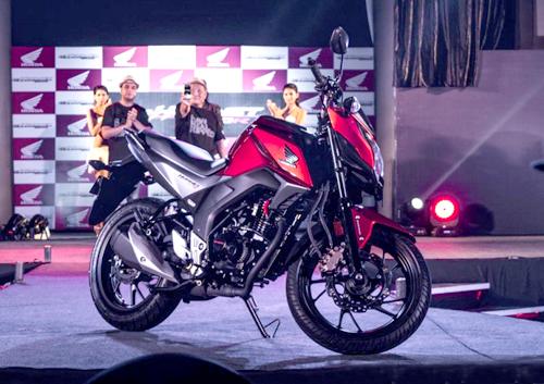 Honda CB Hornet 160R giá 1.200 USD 1
