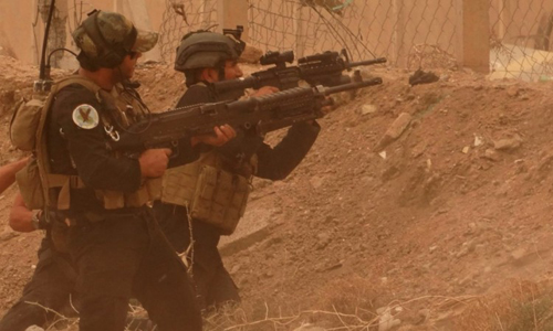 300 phiến quân IS dồn mình vào cửa tử 1