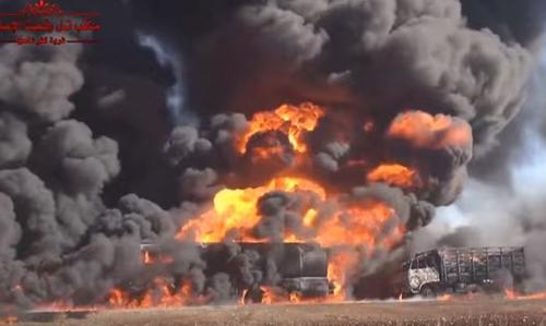 Các đoàn xe chở dầu của IS liên tục bị Mỹ và Nga không kích dữ dội. Ảnh: AP