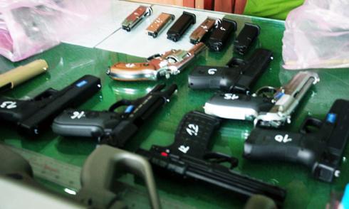18 khẩu súng từ Hải Phòng vào Sài Gòn