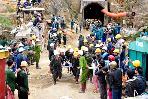 Ám ảnh 80 giờ kẹt trong hầm thủy điện Đạ Dâng 4