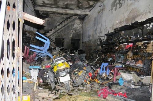Hỏa hoạn thiêu rụi cửa hàng xe đạp điện 2