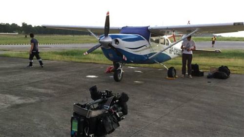 Chuyến bay áp sát đảo nhân tạo ở Trường Sa của phóng viên BBC 1