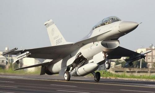 Trung Quốc khó trả đòn dù Mỹ bán vũ khí cho Đài Loan 1